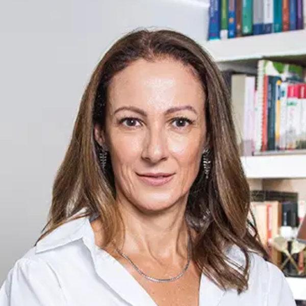 Ana Leoni Palestrante DMT Palestras